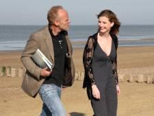 Stef Bos en Lieke Anna laten foto-tekstboek te water bij Strand Ruig: We sporen allebei niet