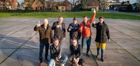 Ja! de champagne plopt: Heteren krijgt een woon- en winkelcomplex in het hart van het dorp