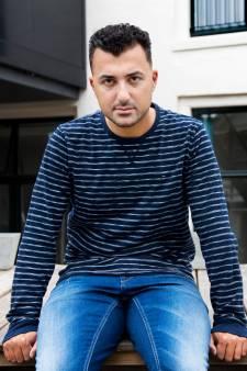 Man aangehouden voor bedreiging columnist Özcan Akyol uit Deventer