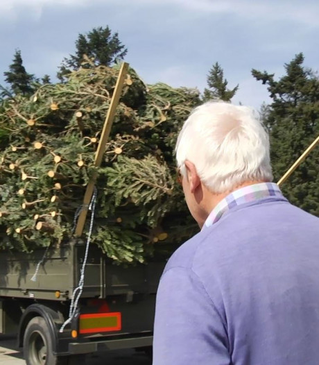 Paasvuurbouwers in Lonneker teleurgesteld: 'Al vanaf januari bezig'