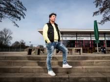 Volksclub-voorzitter Eef Kasteel: 'Feesten is prima, maar eerst presteren'