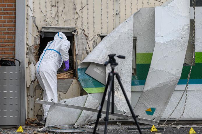 Politieonderzoek in volle gang na plofkraak in Zundert