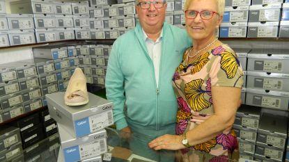 """Shoe Verschuere sluit na 72 jaar de deuren: """"Eerst uitverkoop, en dan genieten van het leven!"""""""