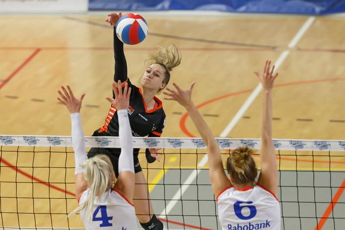 Manon Zeeboer is één van de vier speelsters die vertrekt bij Regio Zwolle Volleybal.