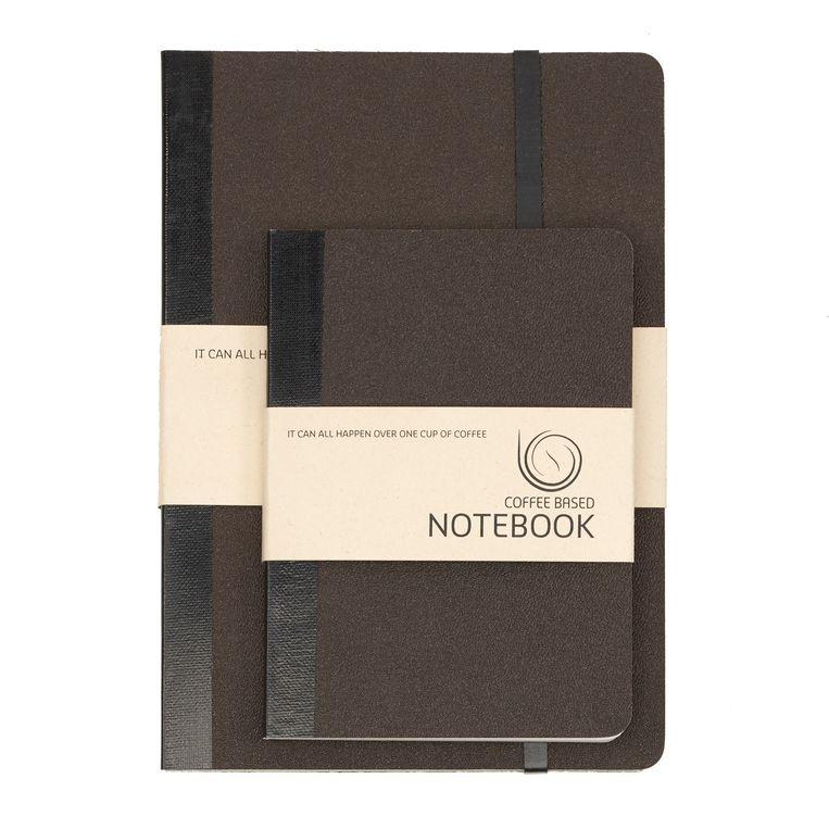 Notitieboeken met een kaft van koffiedik Beeld