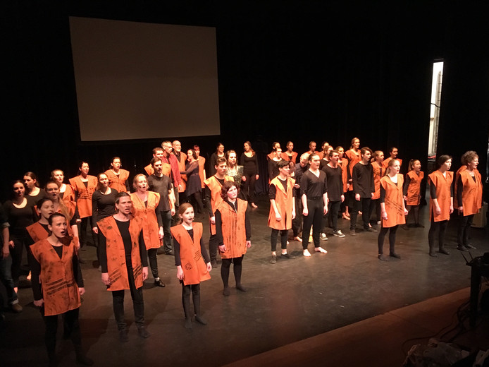 Interact Danstheater repeteert in Het Klooster in Nuenen