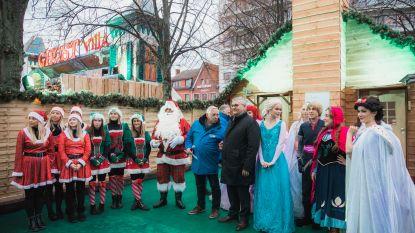 Kerstman wordt warm onthaald in Hasselt