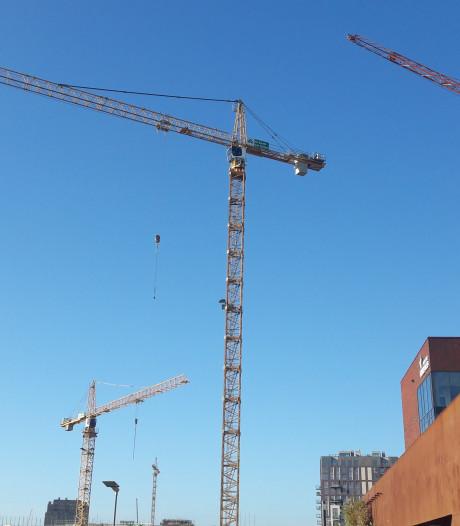 Straatbeeld: Tel de bouwkranen