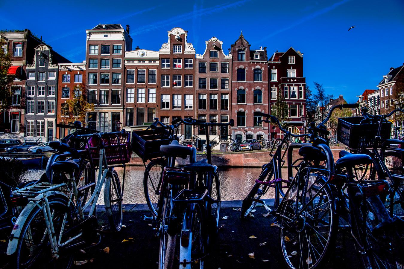 Amsterdam gaat de strijd aan met beleggers