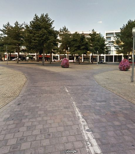 Valpartijen op Stationsplein Apeldoorn: het fietspad is te glad