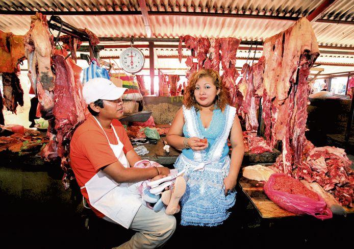 Vleesverkoop op de markt in Masaya.