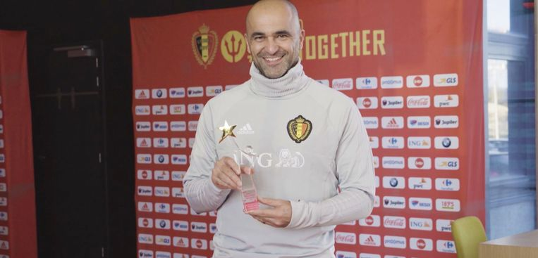 Roberto Martínez krijgt een Story Award.