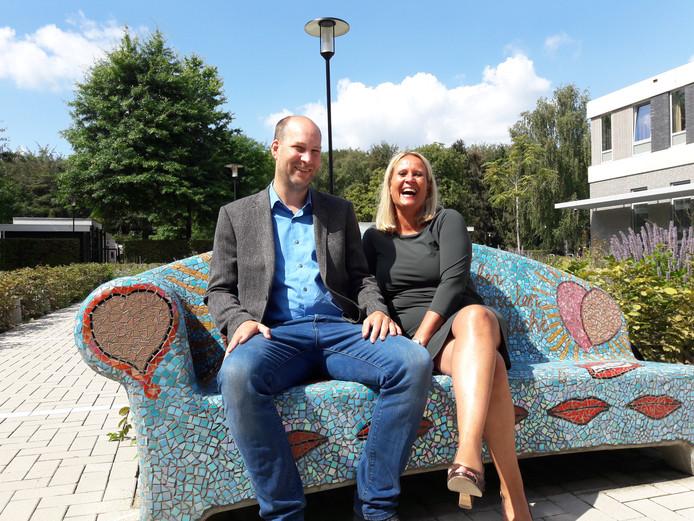 Bram Luijten (Sterk Huis) en Angela Horsten (projectleider Smart Start).