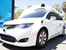 'Google introduceert volgend maand commerciële taxidienst zonder chauffeurs'