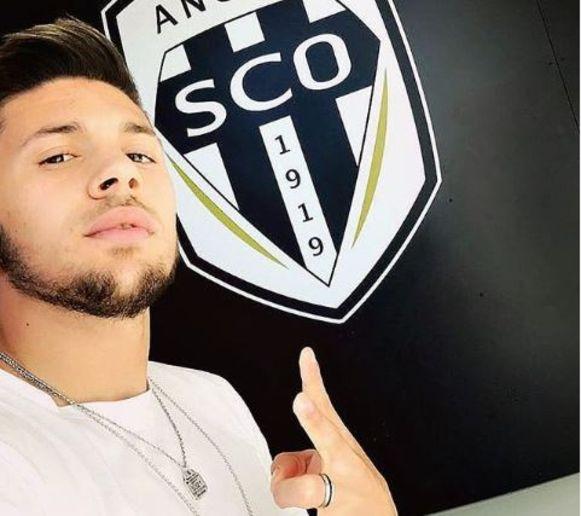 Farid El Melali, een Algerijnse winger van Angers.