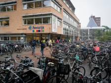 Zee van fietsen rond Wageningse scholengemeenschap Pantarijn