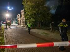 Grote brand in oud huis langs spoor in Rijen