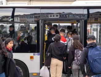Extra touringcar  tussen Roeselare en Ieper op schooldagen is goed nieuws voor schoolgaande jeugd uit Zonnebeke en Passendale