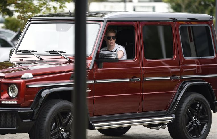 Kevin De Bruyne (Manchester City) in zijn Mercedes G63 AMG