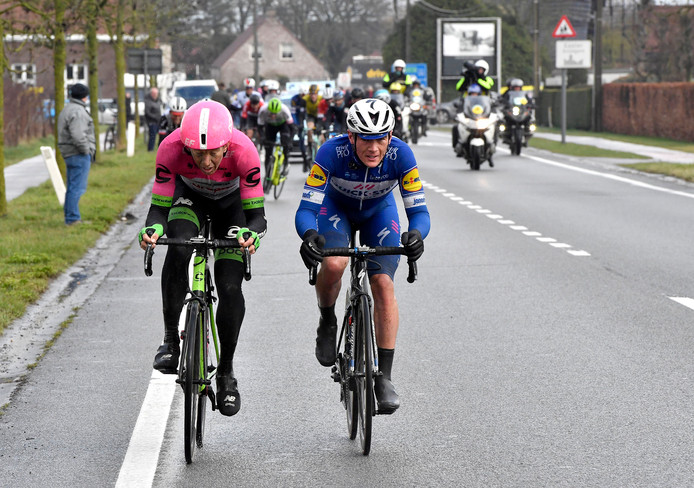Sep Vanmarcke en Yves Lampaert (rechts).