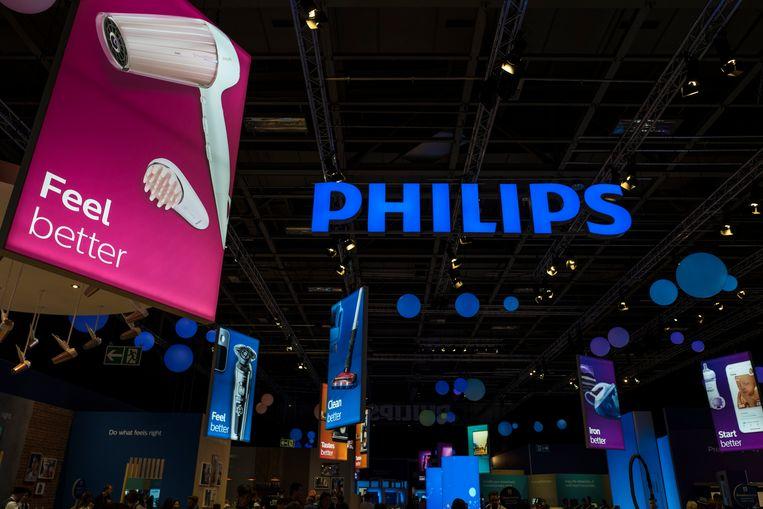 De stand van Philips op een beurs voor consumentenelectronica in Berlijn. Beeld AFP