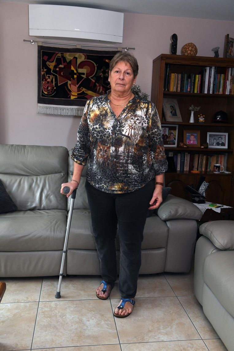Linda Verhulst kampt met constante pijn sinds ze een kunstheup van de Amerikaanse multinational Johnson & Johnson kreeg.