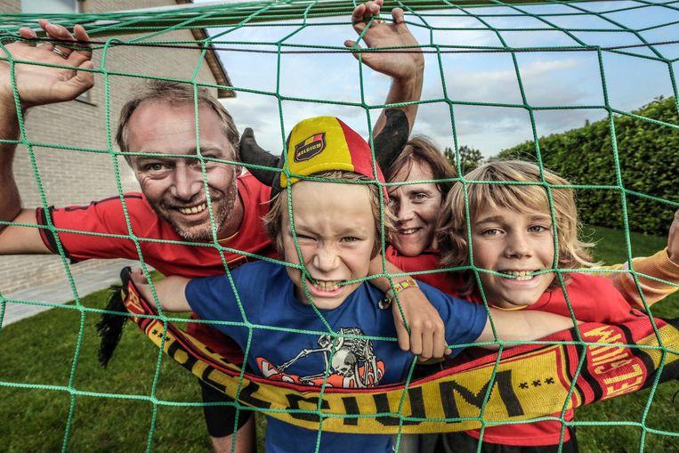De wedstrijd verdeelt het gezin Taillieu: Preben mag mee, broer Rune moet thuisblijven.
