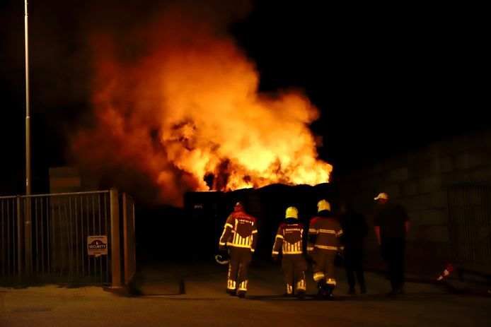 Brand bij AVG in Heijen.