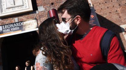 Kunnen toeristen het coronavirus bij ons verspreiden? En zal het deze zomer vanzelf verdwijnen? Alle vragen beantwoord