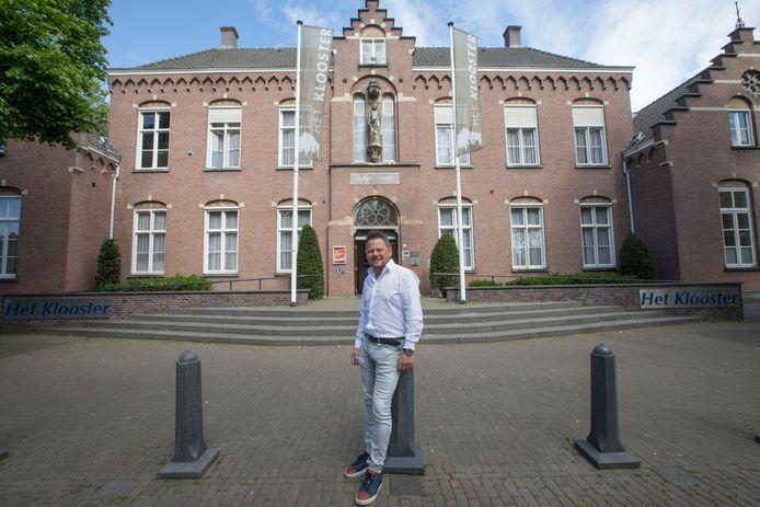 Rob Pieters blijft voorlopig de beheerder van Het Klooster in Nuenen.