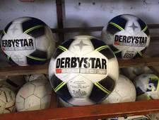 32 nieuwe ballen gestolen en vernielingen bij Puttense voetbalclub
