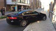 Dolle chauffeur in Jaguar blijkt gevangene die enkelband doorknipte