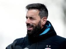 'Van Nistelrooij of Van Nistelrooy? Méér topvoetballers hechten aan een artiestennaam'