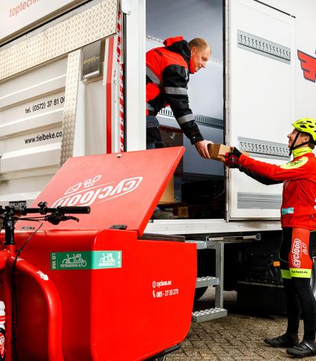 Minder vrachtverkeer in de stad door samenwerking Tielbeke en Cycloon