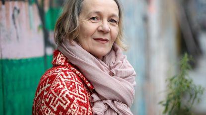 """Bitter weinig van brutale juf Chantal uit 'De Luizenmoeder' in Katelijne Damen: """"Ik vind mezelf niet goed, niet mooi en niet interessant"""""""