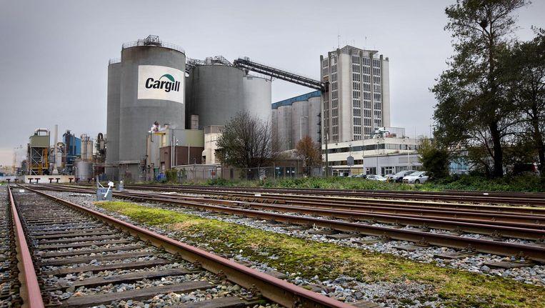 Cargill en andere zware industrie moeten zo snel mogelijk weg uit Haven-Stad, vindt FvD Beeld Jean-Pierre Jans