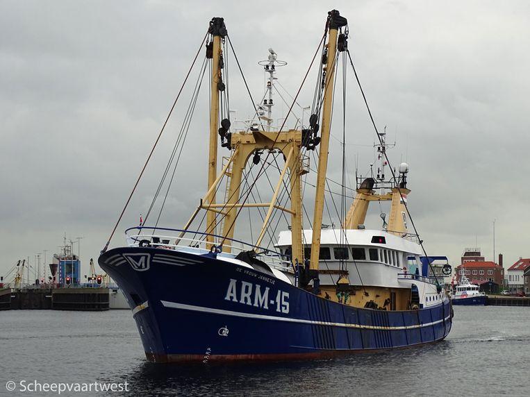 De ARM.15 De Vrouw Jannetje was vorig jaar kilometers lang aan het spookvaren voor de kust van De Panne en was bovendien onbereikbaar.