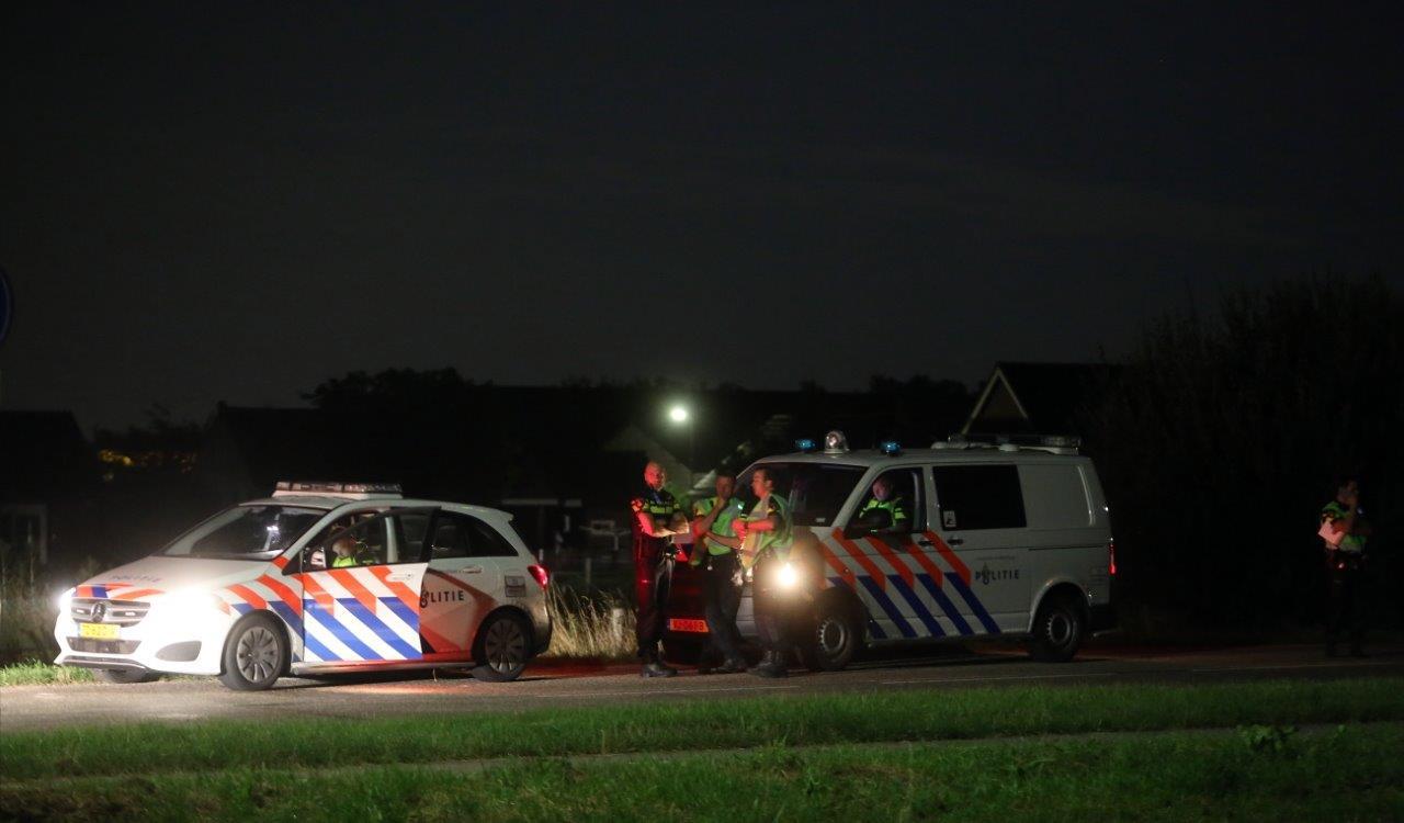 Politie massaal aanwezig naar aanleiding van vele branden in Zuilichem.