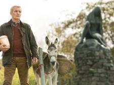 Met beentjes eruit voor film Finkers in Rijssens Parkgebouw