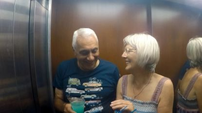 PREVIEW. De eerste kus van Etienne en Mia in 'Hotel Römantiek'