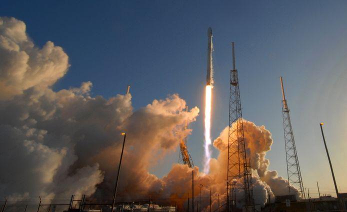 De  Cape Canaveral, Florida, United States - A  carrying NASA's Transiting Exoplanet Survey Satellite (TESS) werd in april vorig jaar met een SpaceX Falcon 9-raket vanop de basis Cape Canaveral in Florida