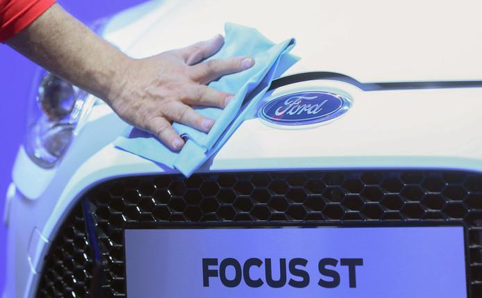 Een ouder model van de Ford Focus.