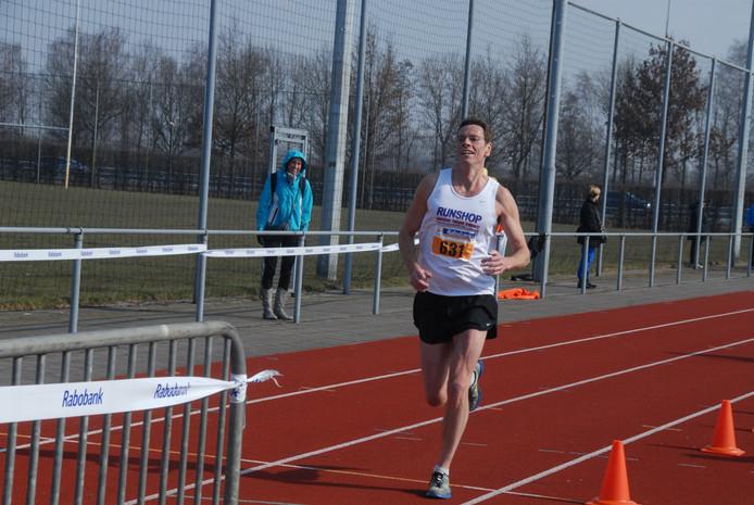 Corné van Oirschot uit Oisterwijk –de nummer twee- had geen enkel moment uitzicht op de overwinning, maar was wel met afstand 'the best of the rest'.