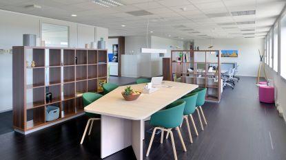 Bedrijf Regus stelt coworkingplekken gratis open voor studenten