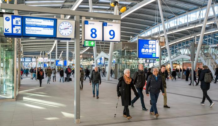 De stationshal van Utrecht Centraal.