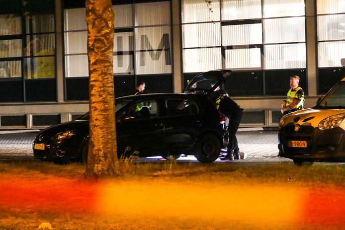 Grote politieactie Kayersdijk in Apeldoorn wegens geweldincident