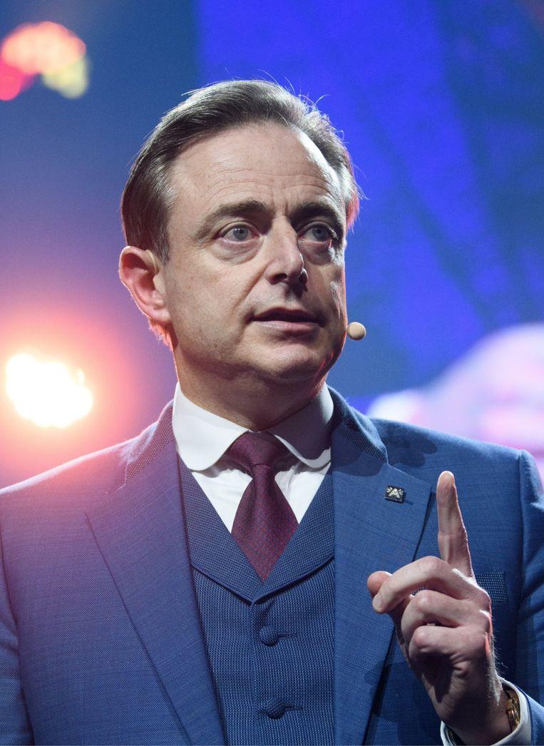 Bart De Wever was voor velen het gezond verstand, maar de N-VA gooide haar felbevochten betrouwbaarheid te grabbel. Beeld