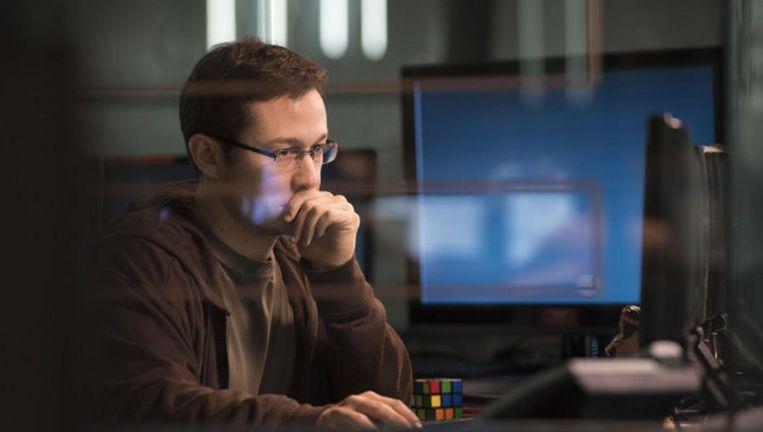 Joseph Gordon-Levitt als Edward Snowden Beeld -