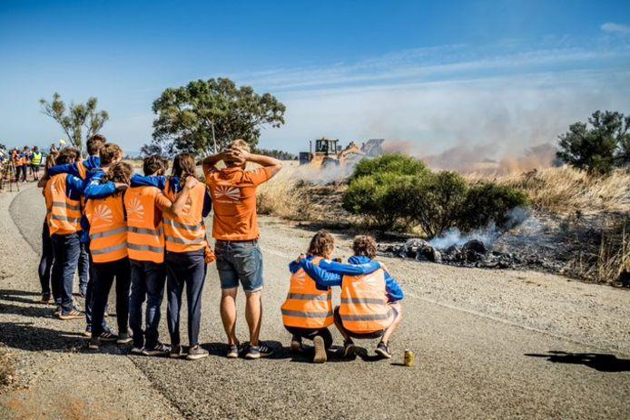 NunaX van Vattenfall Solar Team is op weg naar de finish uitgebrand in Australië.