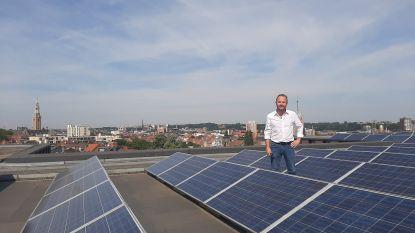 Stad lanceert 'Zonnige groetjes uit Leuven' om inwoners aan te zetten zonnepanelen te installeren